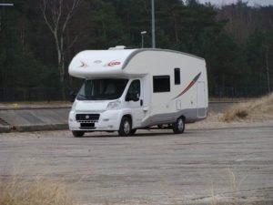 Wypożyczalnia Kamperów - e6d3b5bd42cb9aaa56afe21e97ea 300x225 - Fiat Ducato P.L.A Plasy P70